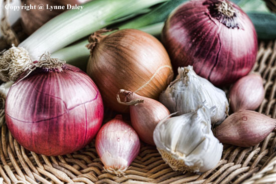 6 Cool Tips to Make Your Food Last Longer - onions, garlic, olives, ginger