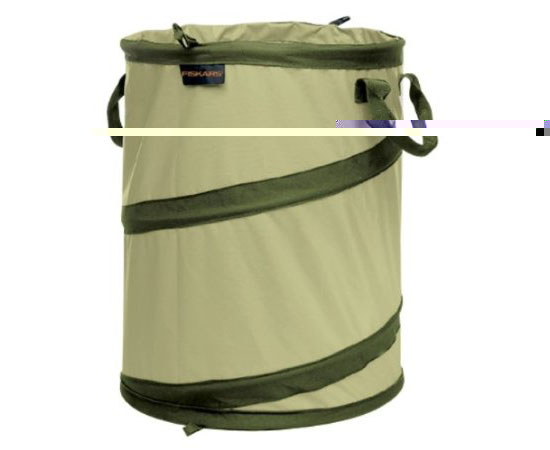 Fiskars 9413 30-Gallon Hard Shell Base Kangaroo Gardening Container