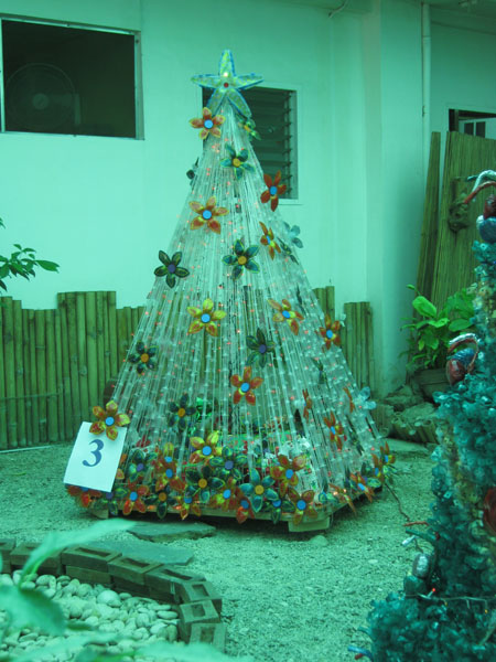 Panabo city s christmas tree made from recycled items for Christmas tree items list