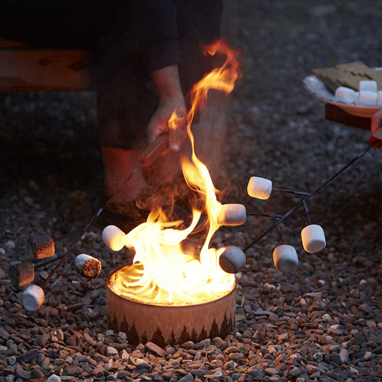 Portable Campfire from Recycled Material Saves You from Messy Cleanup