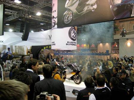 R Moto Superbike