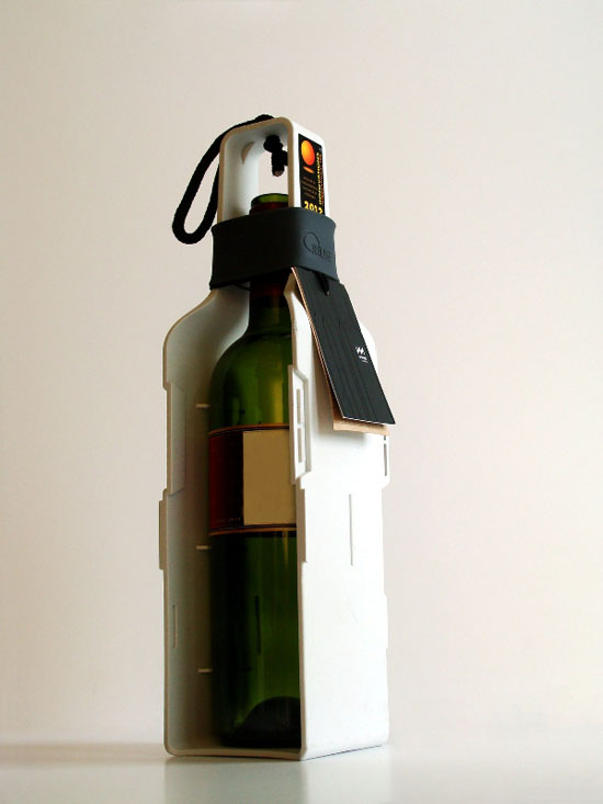 Re-Wine Classic Is A Chic And Eco-friendly Way To Present Your Wine As Gift