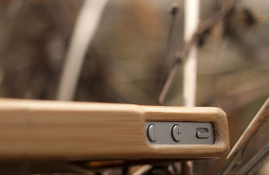 SigniCASE Bamboo Case For iPhone