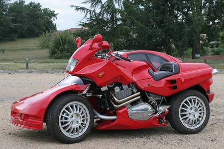 The Snaefell Hybrid Car-Motorcyle By Francois Knorreck
