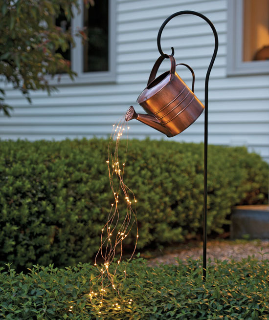 Beautiful Garden Lamp - Star Shower Garden Art