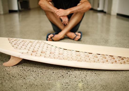 Cleaner Waves Surfboard