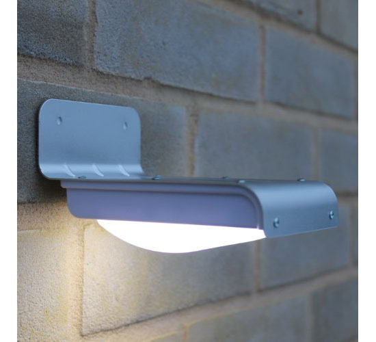 Frostfire LED Wireless Solar Powered Motion Sensor Light