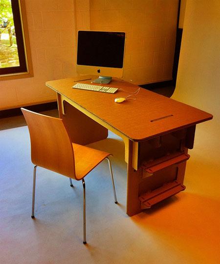 Savio Ku cardboard table