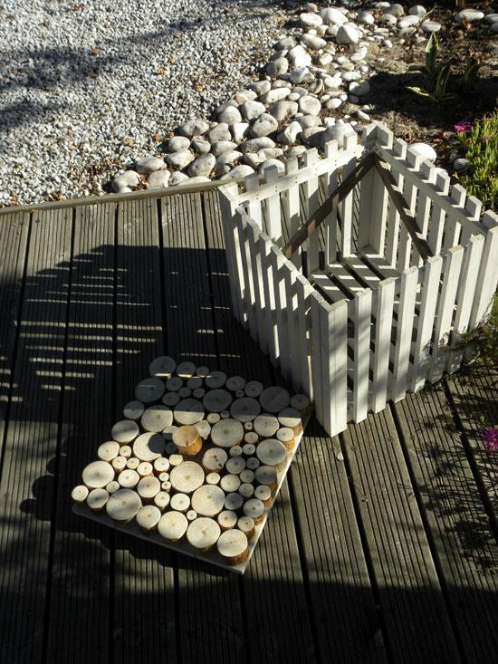 Modern Stools from Wood'Insane Design